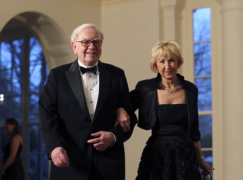 世界の大富豪の妻となった者たちの本性とは!?