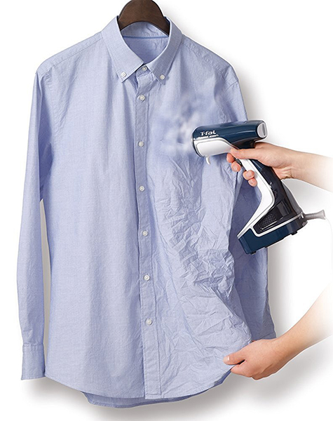 シャツのシワをサッと伸ばせる衣類スチーマー