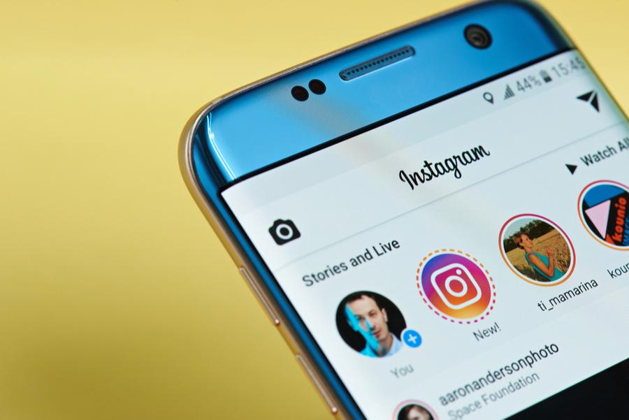 【Instagram】相手にバレないように投稿を非表示にするやり方