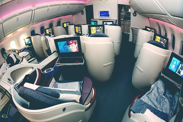 【裏技】飛行機の座席をエコノミーからビジネスにアップグレードする