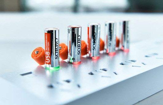 【面白グッズ】内蔵USBで充電できてしまう不思議な単三充電池!
