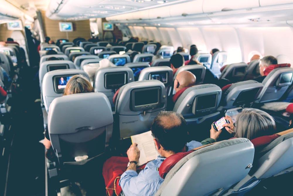 【裏技】飛行機の座席をエコノミーからビジネスに無料でアップグレードする方法