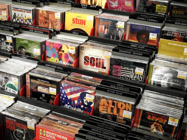 iPhone・スマホに音楽CDをパソコンなしで取り込みたい!