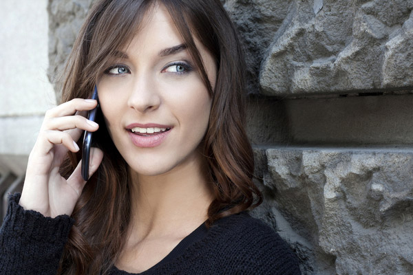 【格安SIM】スマホの通話料が半額になる「半額でんわ」って何?