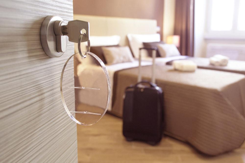 【マンショントラブル】ゲストルームを勝手に民泊に出してお金儲け!?