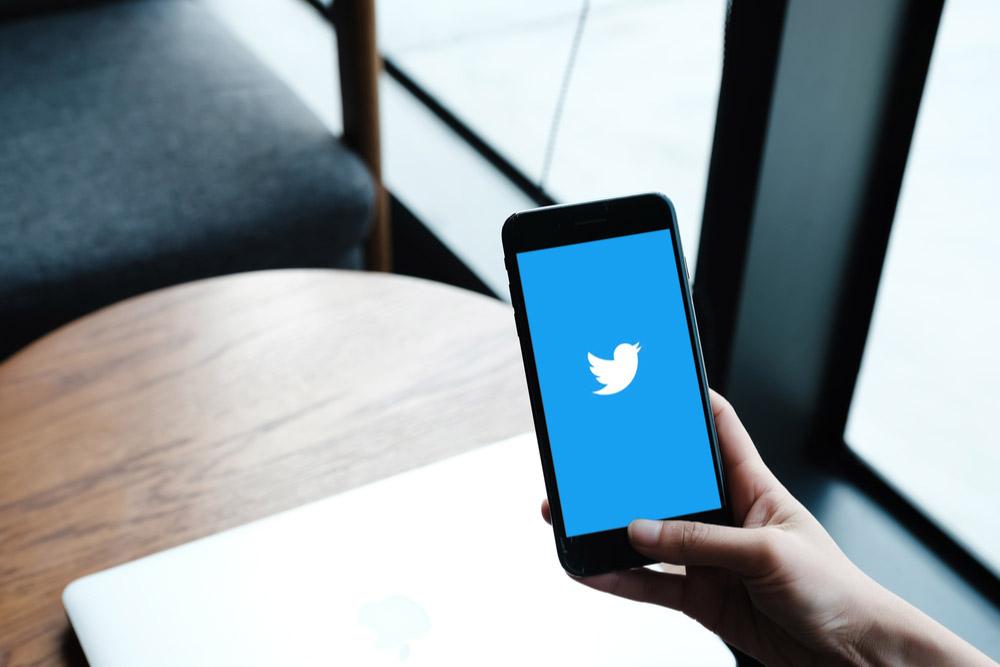 【Twitter】リツイートする人の内容が自分のタイムラインに表示されうっとうしい!