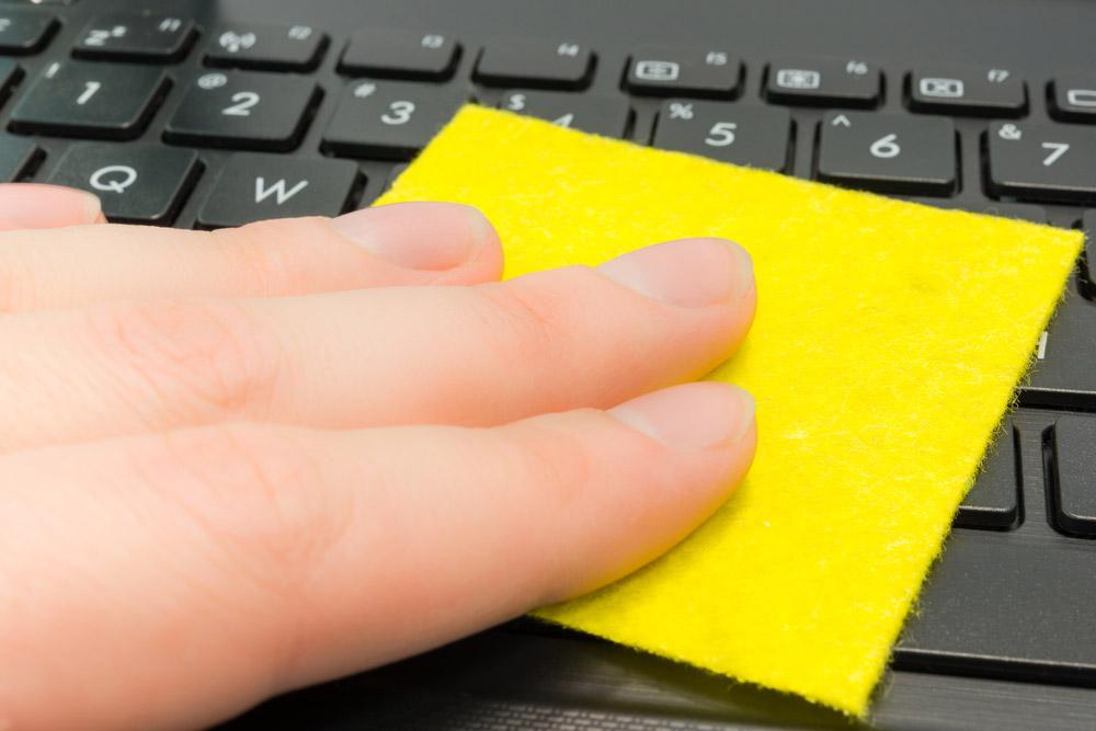 ノートパソコンのキーボード掃除におすすめの5アイテム!