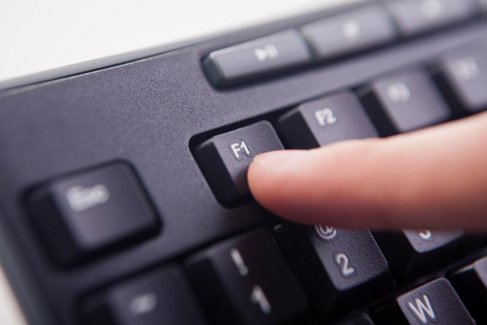 パソコンの画面が小さいと「ExcelやWordが使いにくい!」を解消する方法!