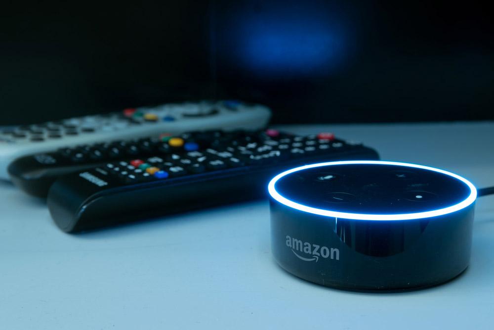 AlexaやGoogle HomeなどのAIスピーカーで自宅エアコンを音声でコントロールする方法!