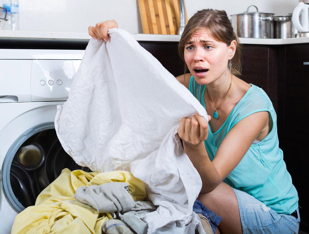 洗濯機を開けてがっかり! ティッシュを一緒に洗濯してしまった時の対処法!