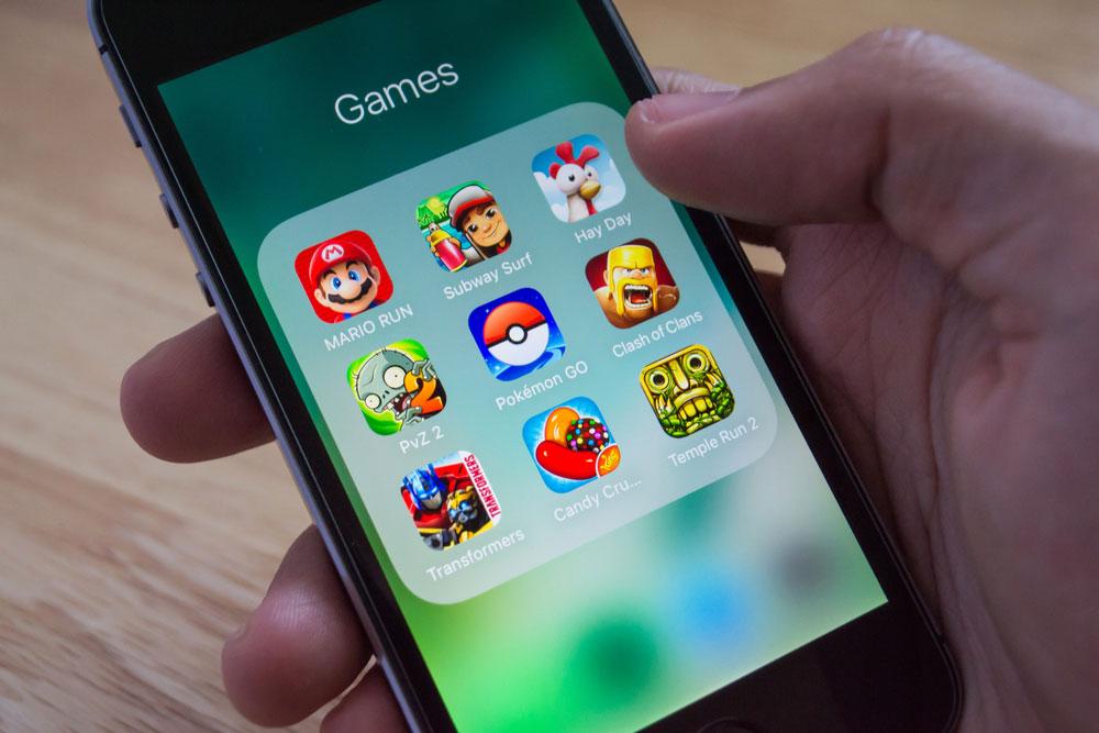 【iPhone】ホーム画面のアプリをフォルダ作成して整理する方法!