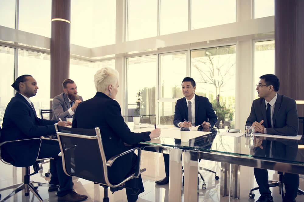 【マンション】管理会社が管理組合の味方でないときの強い味方「マンション管理士」とは?