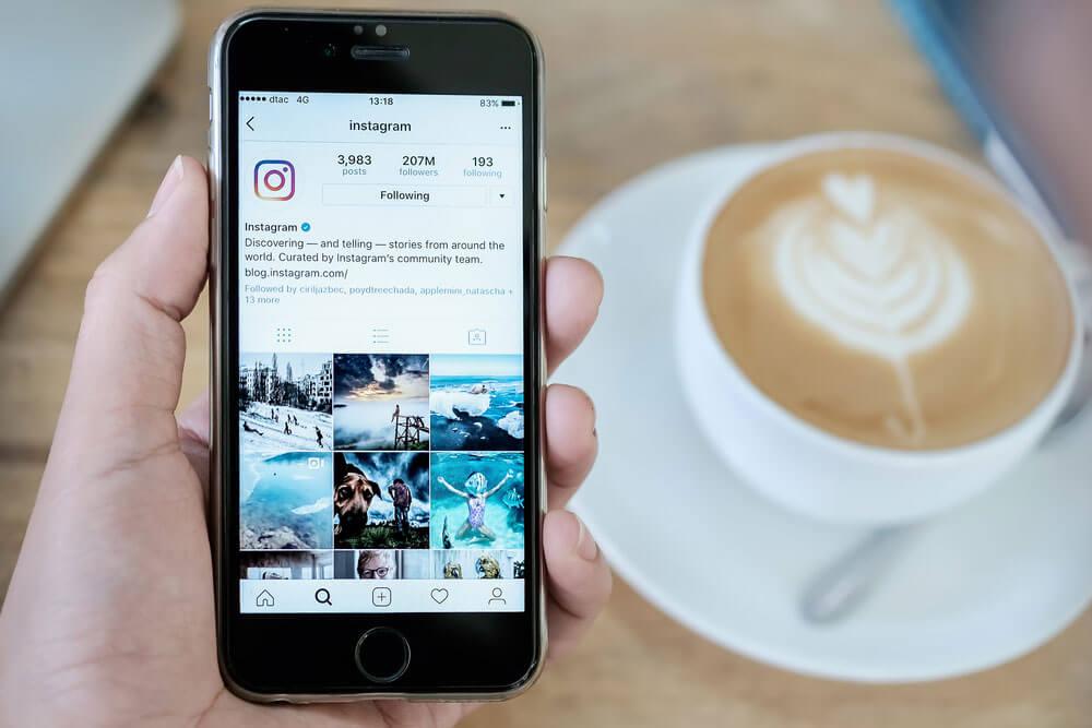 インスタグラム(Instagram)の写真やストーリーズを保存する方法!