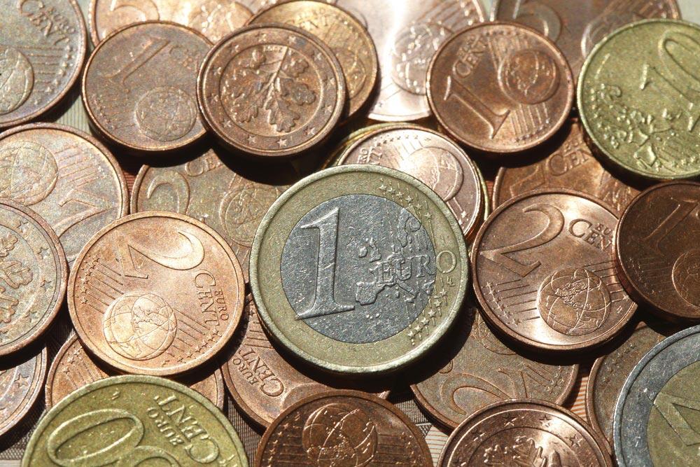 【雑学・豆知識】今さら聞けない! 日本の貨幣はどっちが表でどっちが裏?