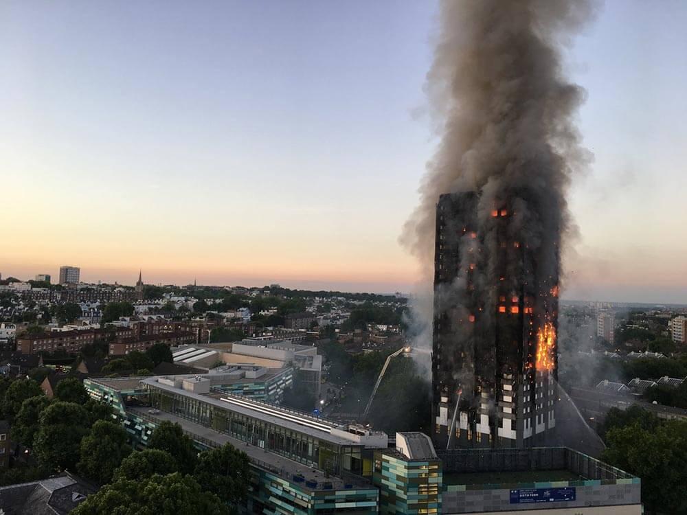 タワーマンションで火災が起きたらどこに逃げればいいの?