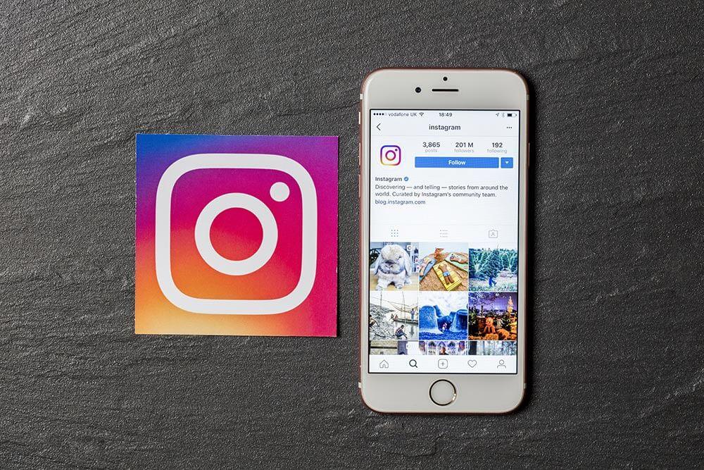 インスタグラム(Instagram)で相手をブロックせずに相手からのフォローを外す方法!
