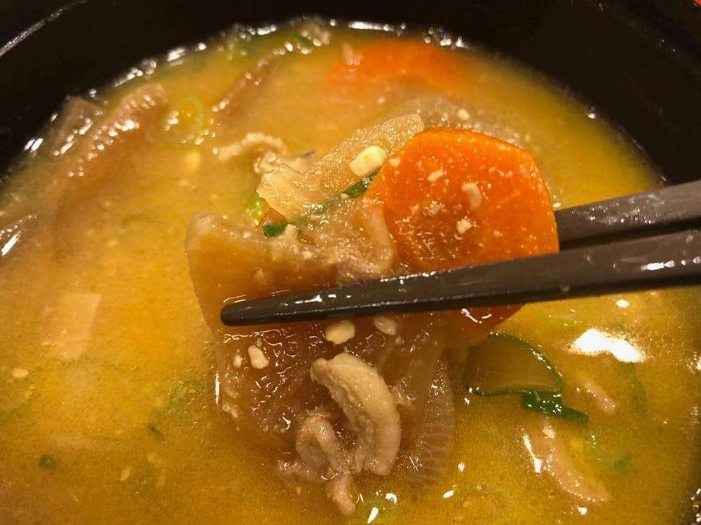 400円で食べられる「松のやの朝定食」が神コスパ! 味噌汁を豚汁に変更しこれで500円