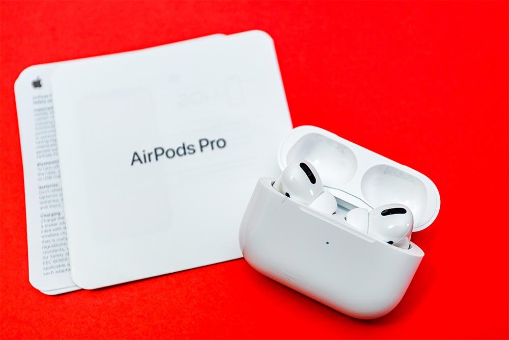 AirPods Proをケースからポロッと落とさずに取り出す方法 上に引き抜くようにするのはNG