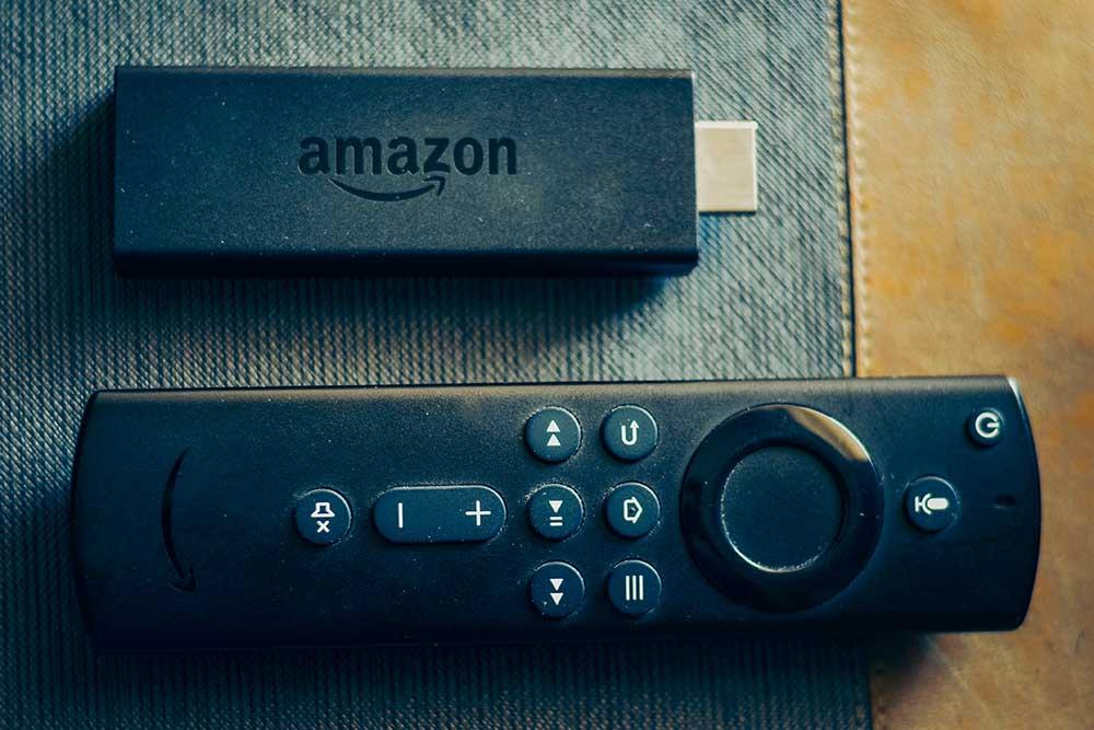 自宅テレビのリモコンでFire TVを操作する方法 リモコンを持ち替える必要がなくなる!