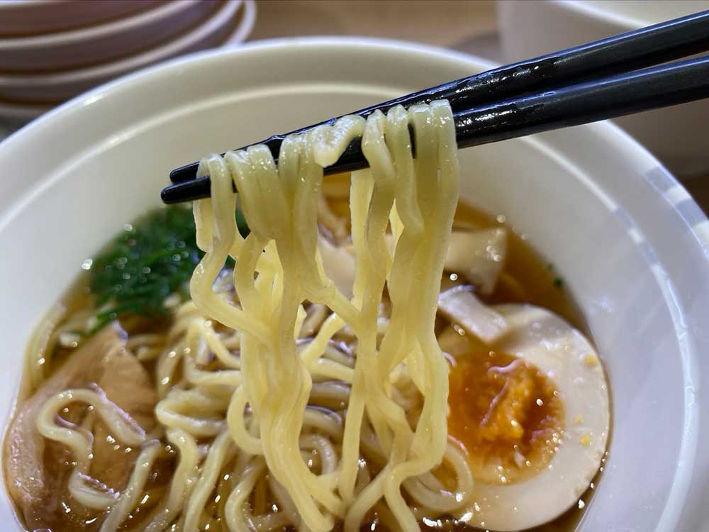 【悲報】かっぱ寿司の「あっさり醤油ラーメン」は一言でいうと「○○」だった……