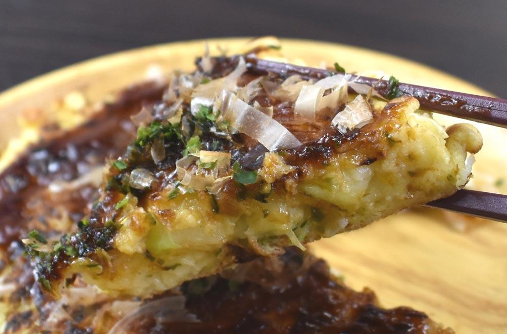 コンビニ「冷凍お好み焼き」は食感と満足感でセブンの完勝! ファミマ・ローソンは除外!